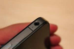 iphone-4-first-hands-2010-06-0712-07-43-rm-eng[1]