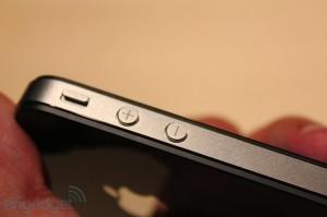 iphone-4-first-hands-2010-06-0712-07-50-rm-eng[1]