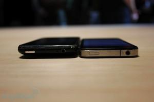 iphone-4-first-hands-2010-06-0712-08-38-rm-eng[1]