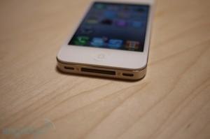 iphone4hands12[1]