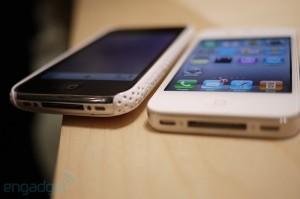 iphone4hands14[1]