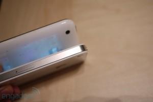 iphone4hands18[1]