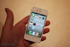 iphone4hands20[1]