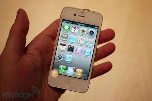 iphone4hands28[1]