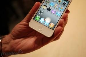 iphone4hands5[1]
