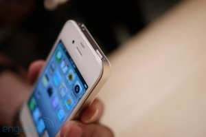 iphone4hands9[1]