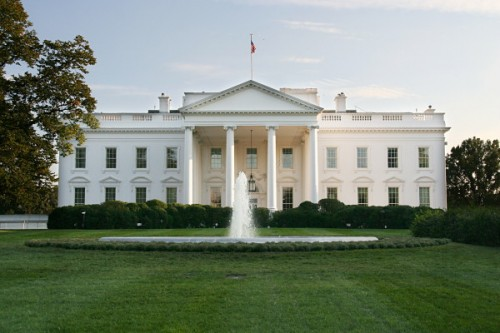 white house 500x333 White House Plans to Ban Phone Unlocking While Claiming to Support It