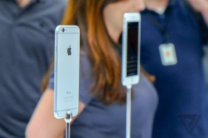 Apple-1-2_verge_super_wide