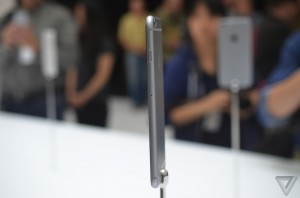 iphone6plussecond008_verge_super_wide