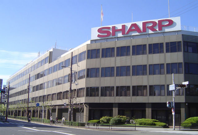 Foxconn Technology Group выкупит 66% Sharp