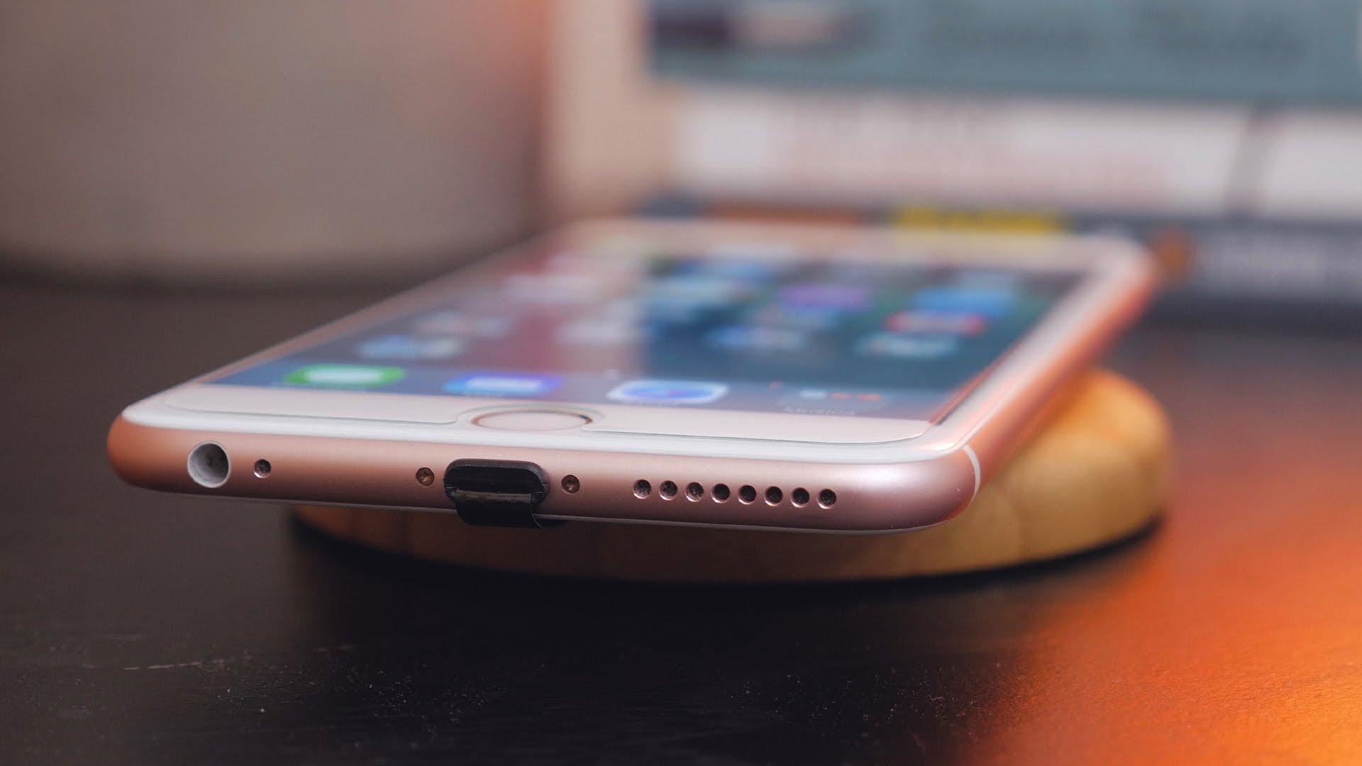 IPhone 8 неполучит беспроводную зарядку