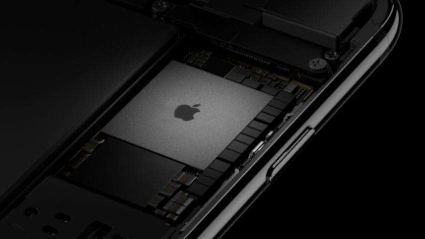 Apple заявляет о«новой эре» телефонов после выхода iPhone 8